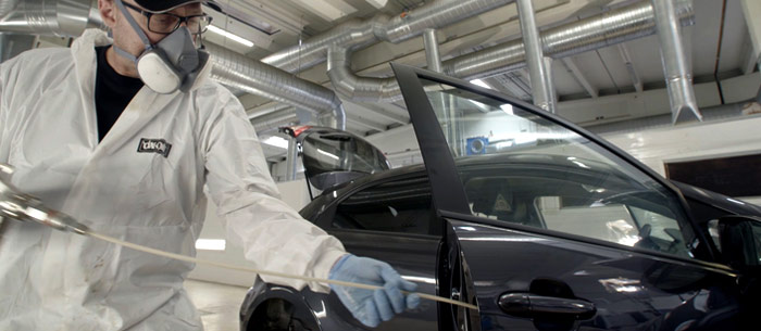 Dinitrol cavity wax application, DINITROL rustproofing treatment centre cavity wax injection doors, spray diagram, OEM approved UK vehicle rustproofing treatment centres