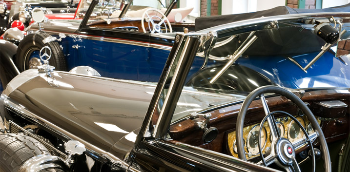concours d elegance pebble beach classic car enthusiasts california stirling moss christies mercedes benz carl benz