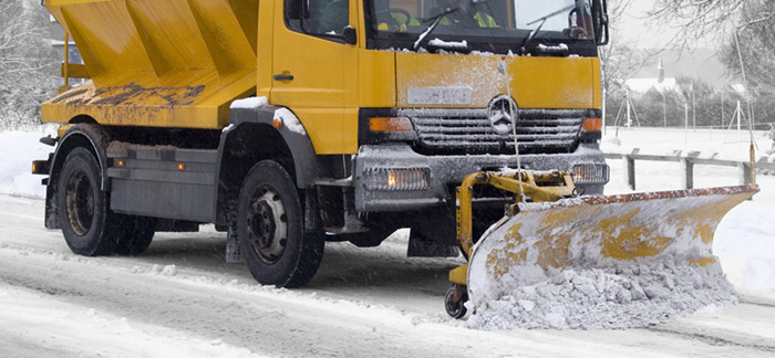 Specialist vehicle underbody rustproofing with DINITROL 482 UBS and DINITROL 482. Rustproofing solutions for salt spreaders and road gritters