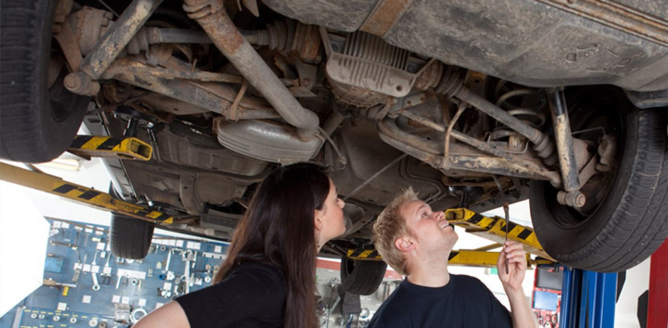 checking car for rust bubbling paint workwork sils check wheel arches body car underbody chassis and boot lugage compartment for rust
